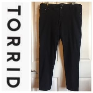 Torrid Black Jeans Sz 18 Stretch